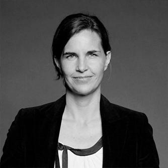 Portrait of author Astrid Kohlmeier